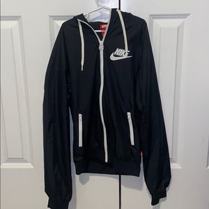 Nike black raincoat worn only once!